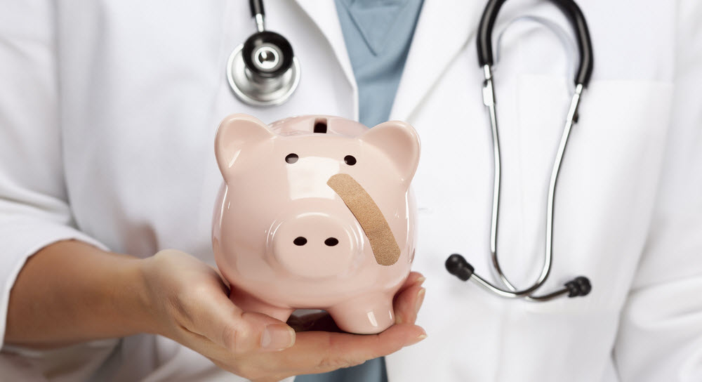 How Family Medicine Residents Can Manage Personal Finance
